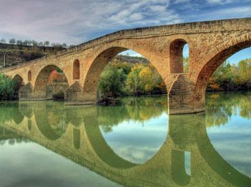 Etapa Puente la Reina - Gares a Estella - Lizarra. Asociación Amigos del Camino de Santiago de Estella