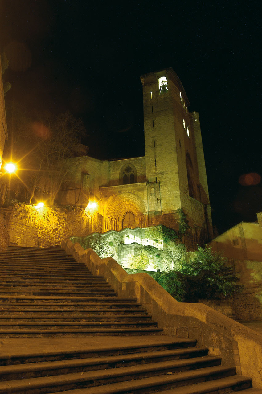 Los Amigos del Camino de Santiago de Estella. Monumentos. San Pedro de la Rúa