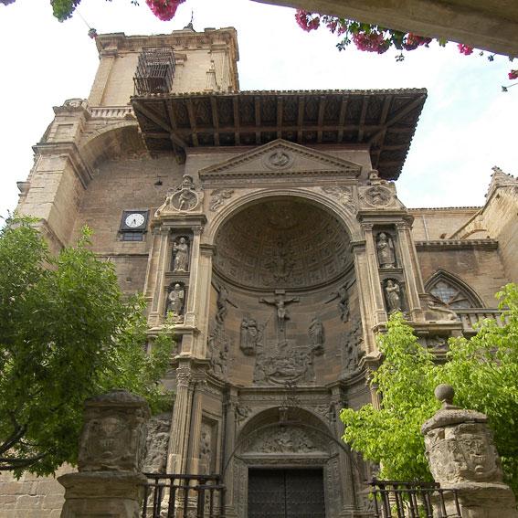 Los Amigos del Camino de Santiago de Estella. Iglesia de Santa María. Viana