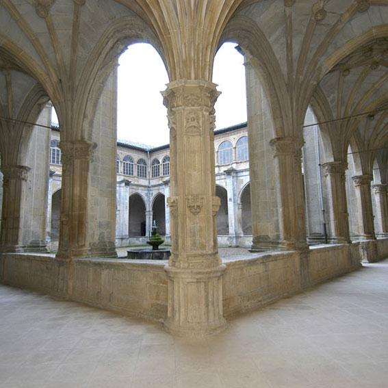 Los Amigos del Camino de Santiago de Estella. Monasterio de Irache. Ayegui